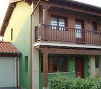 SOMO, casa en Pueblo de CUBAS - Casa