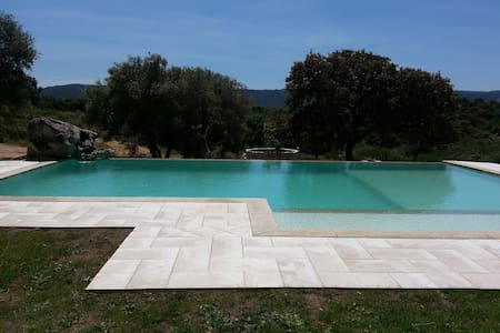 B&B with pool. Sea and countryside. - Bed & Breakfast