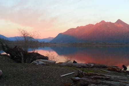 Best View On Lake Quinault - Casa