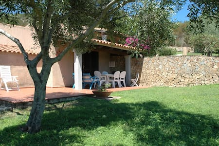 Relax and blue in Porto Rafael (.) - Punta Sardegna - House