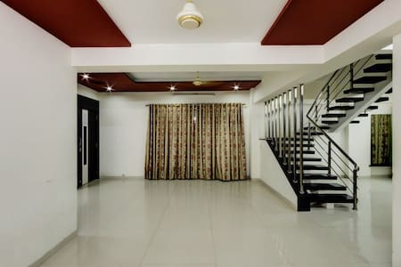 5 BHK Apartment in Bhayander - Mira Bhayandar - Lakás