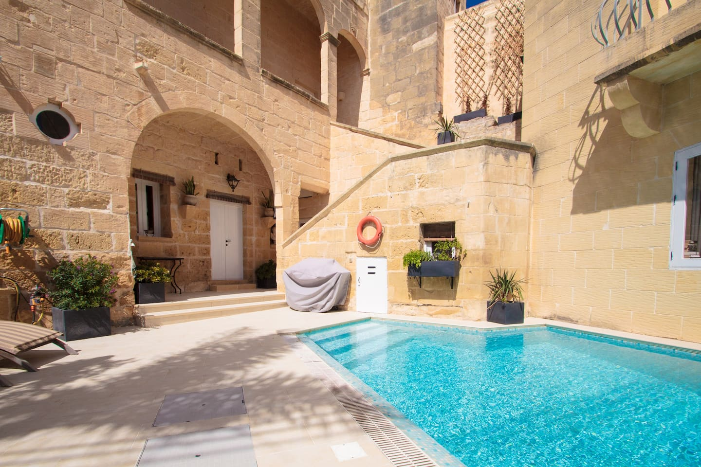 Cosy fully renovated farmhouse Gozo