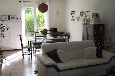 Maison pour vacances en Provence - Simiane-Collongue - Haus