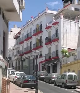 TwinRoom available - Hostel - 209 - Marbella - Apartment