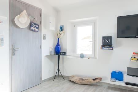 Beautiful studio close sea/center - Appartement