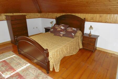 bedroom double bed - Boiro