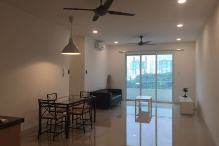 New! Private, luxury place, Condo near Mont Kiara - Lyxvåning