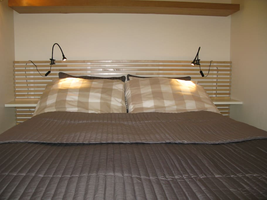 Very comfortable full double bed.