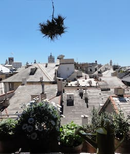 A nest on the roofs of Genoa - Genua - Bed & Breakfast