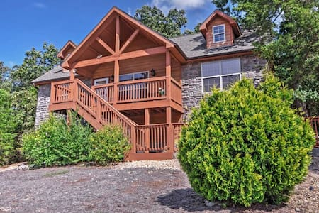 2BR Branson Cabin w/ Porch & Community Pools! - Branson West