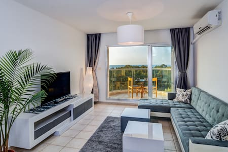 Sea view  Panoramic apartment - נהריה - Pis