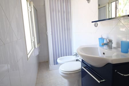Cefalu House 100m From The Beach - Rumah