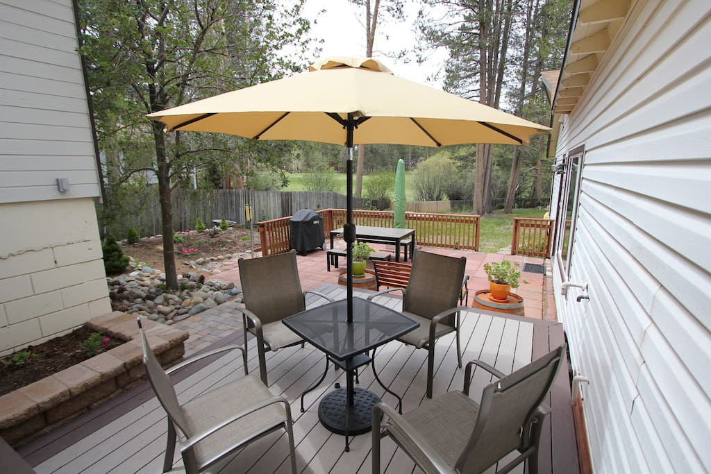 Spacious and private deck area overlooking the nearby golf course.