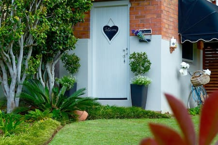 The Hideaway NEST - Port Macquarie - House