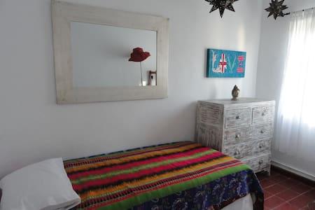 Se alquila habitacion para 1persona - Santa Eulària des Riu