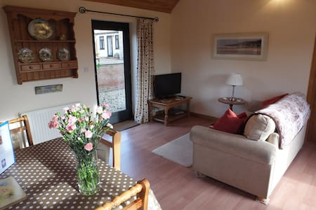 BLUEBELL, Lincs Wolds,peaceful, stunning, relaxing - Belchford - Bungalow