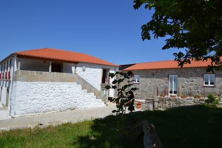 4 bedrooms villa with pool - Ponte de Lima - House