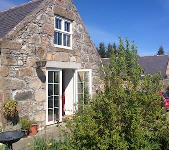 The Old Tack Room-Speyside Cottage - Cottage