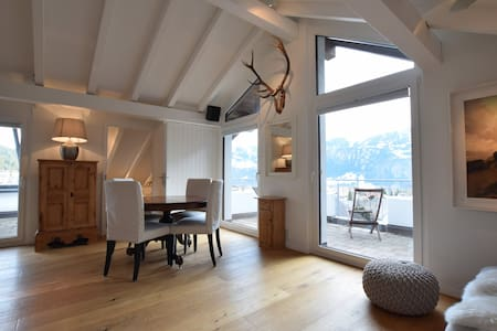 Beautiful penthouse apt in Laax with amazing views - Laax - Apartment