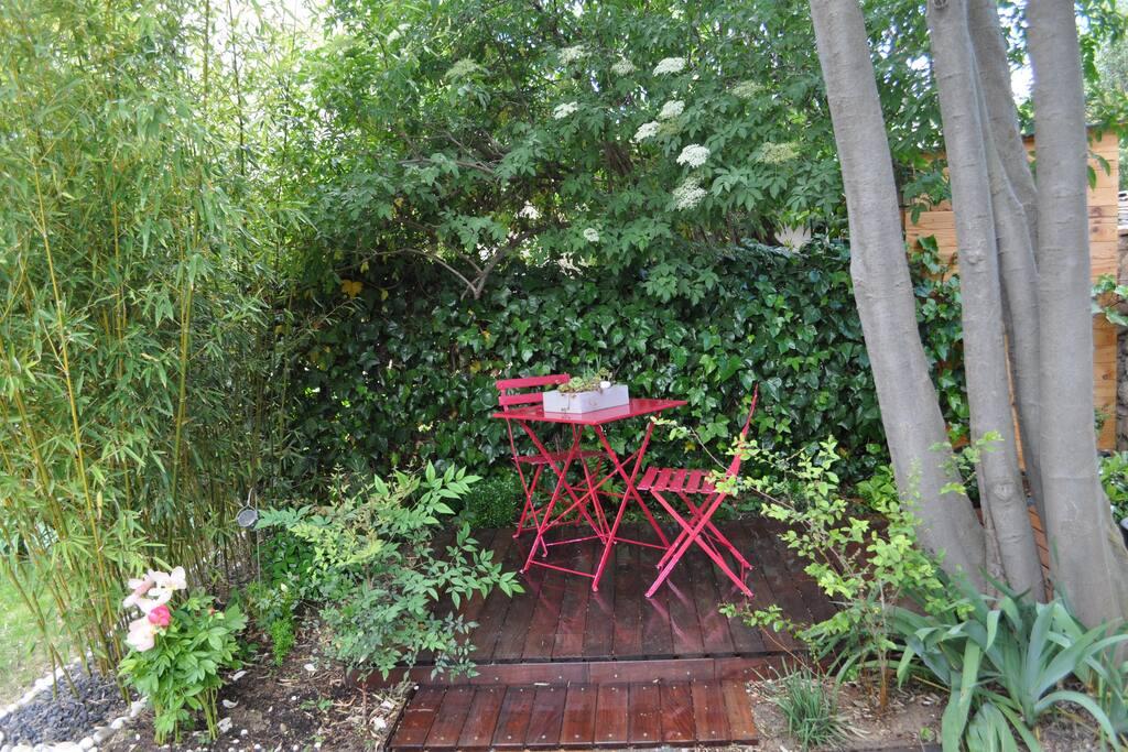 2° terrasse, idéal pour petit déjeuner
