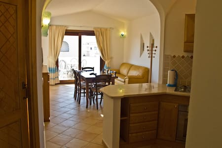 Blue Sardinia, in Budoni center - Budoni - Apartamento