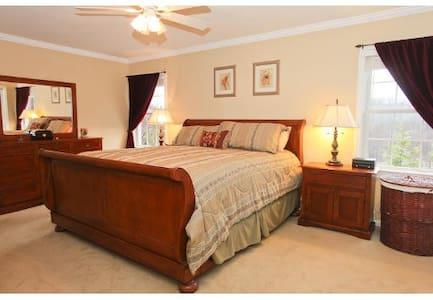 Master Bedroom, Hot Tub, Historic Lexington, Mass. - Lexington