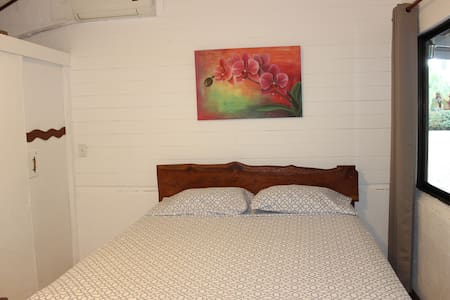 Room with A/C & Breakfast included - Bed & Breakfast