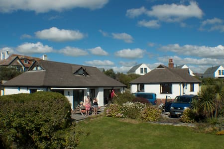 Large property next to a great surfing beach - Widemouth Bay
