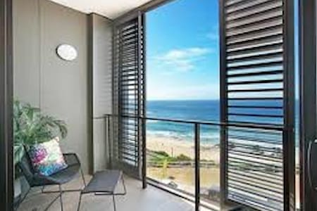 Brand new Beachfront Apartment - Newcastle East - Lejlighed