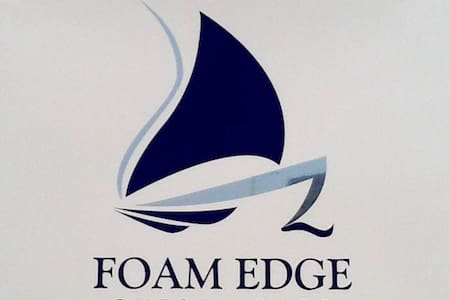 Foam Edge 5 star b&b overlooking sea - Porthcawl