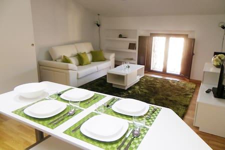 APARTAMENTOS ENTRESILLARES - Appartement