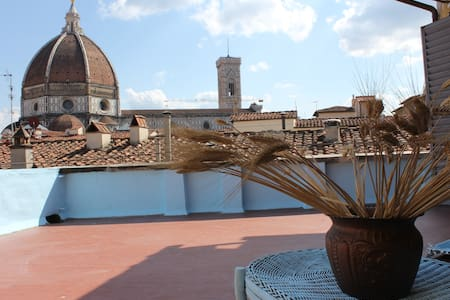 Room with a splendid view of Duomo - Firenze - Bed & Breakfast