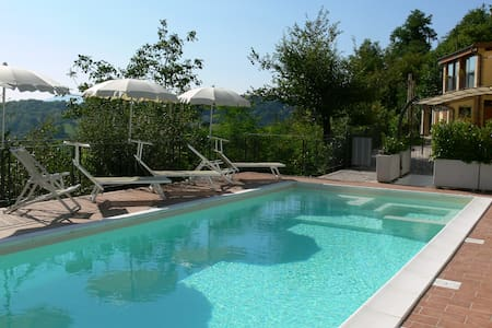 "Agriturismo, apartment with pool, ""Il Passero"" - Flat"