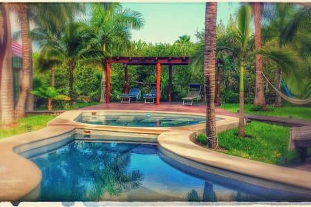 Beautiful Villa in Paradise - playa del carmen