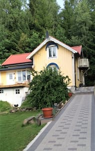 Room 20 min outside from Gothenburg - Huis