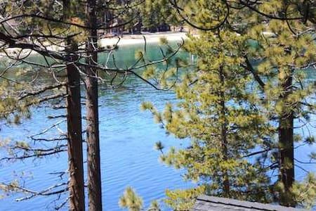 Meeks Bay apt, lake view, walk to Meeks Bay beach, Coward - Tahoma