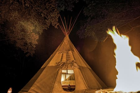 MAGIC Tipi Retreat - Park Hills