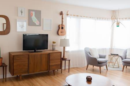 Spacious Loft apartment with Ocean Views - San Clemente