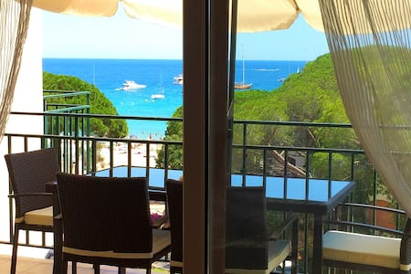 Stunning seaview flat by the beach - Palamós