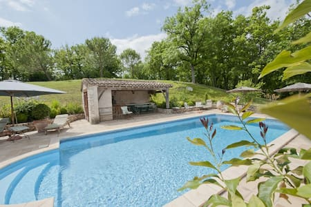 Country home swimming pool Quercy - Huis