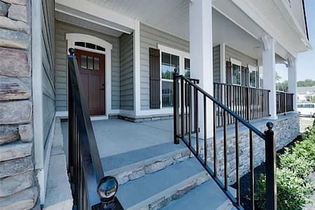 3BR Jamestown Road see our Townhome - Williamsburg - Maison