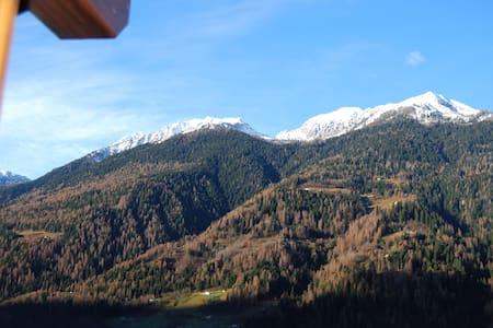 Splendida mansarda sulle Dolomiti - Apartmen