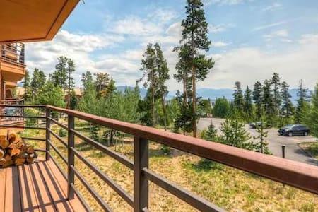 Cozy Condo with Great Location & Panoramic Views! - Silverthorne - Condomínio