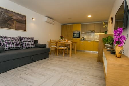 Old Town - Studio apartment Marin - Trogir - Andere