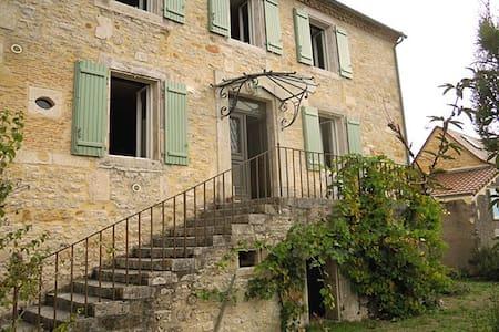 Dordogne Stone Manor Home-NEW RENOVATION! Sleeps 6 - Thenon