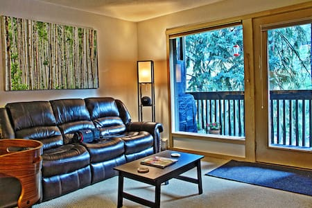 Vail Bus Route, Gore Creek Patio - Appartement