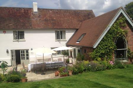 Wonderful family house - West Meon, Hampshire  - Hus