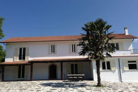 Quintessential Italian Life at Villa Sabatini - Villa