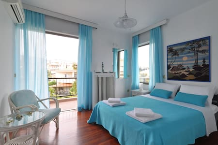 Luxury Family Sea View Apt. 3Bdrm sleeps 6 persons - Flat