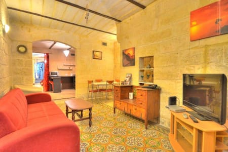 Cosy home in heart of Capital City - Valletta - Lägenhet